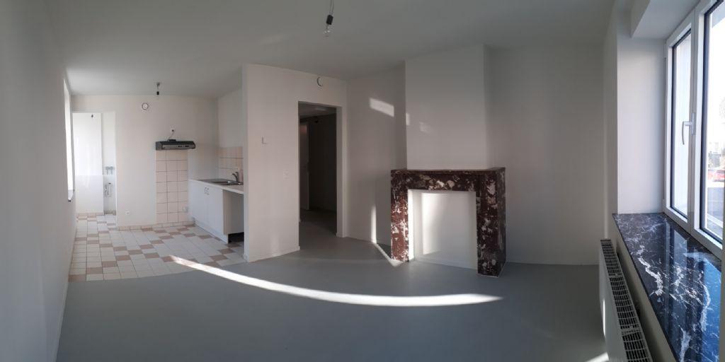 La phase de parachèvement des sols, des murs et des plafonds a permis de rendre des appartements 'clé sur porte' au client.