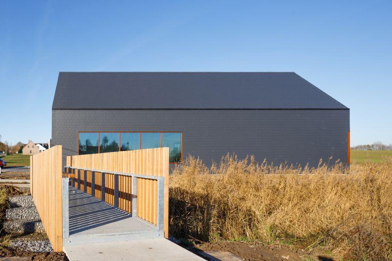 Het wellnesscentrum bevindt zich in de dalkom in Mainvault.