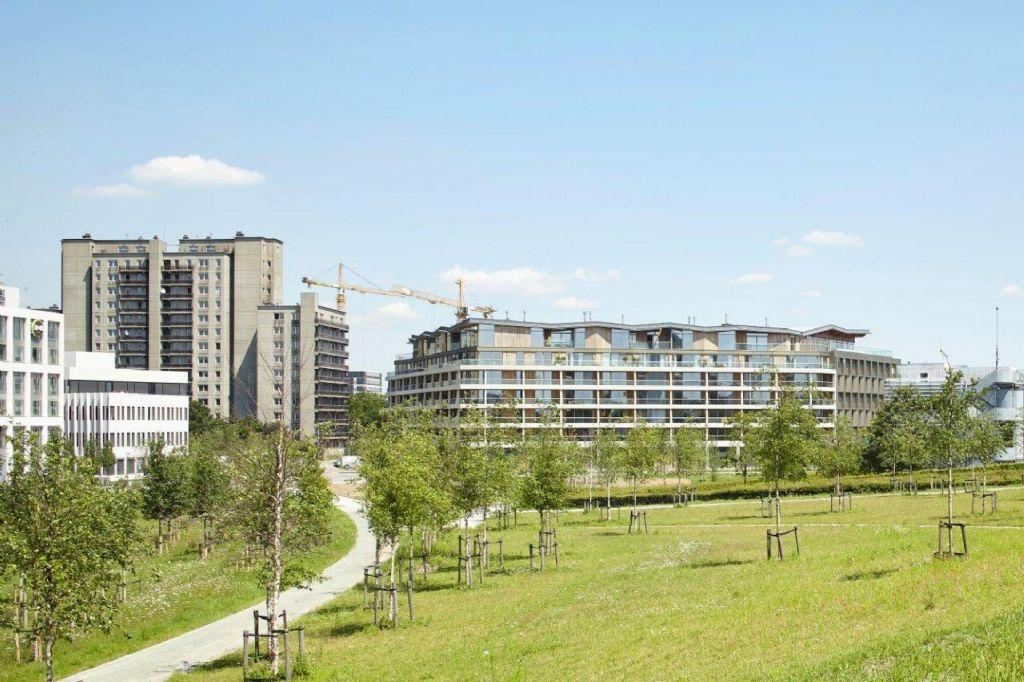Vakkundig geplaatst buitenschrijnwerk bevordert architecturale kwaliteit in The Residence