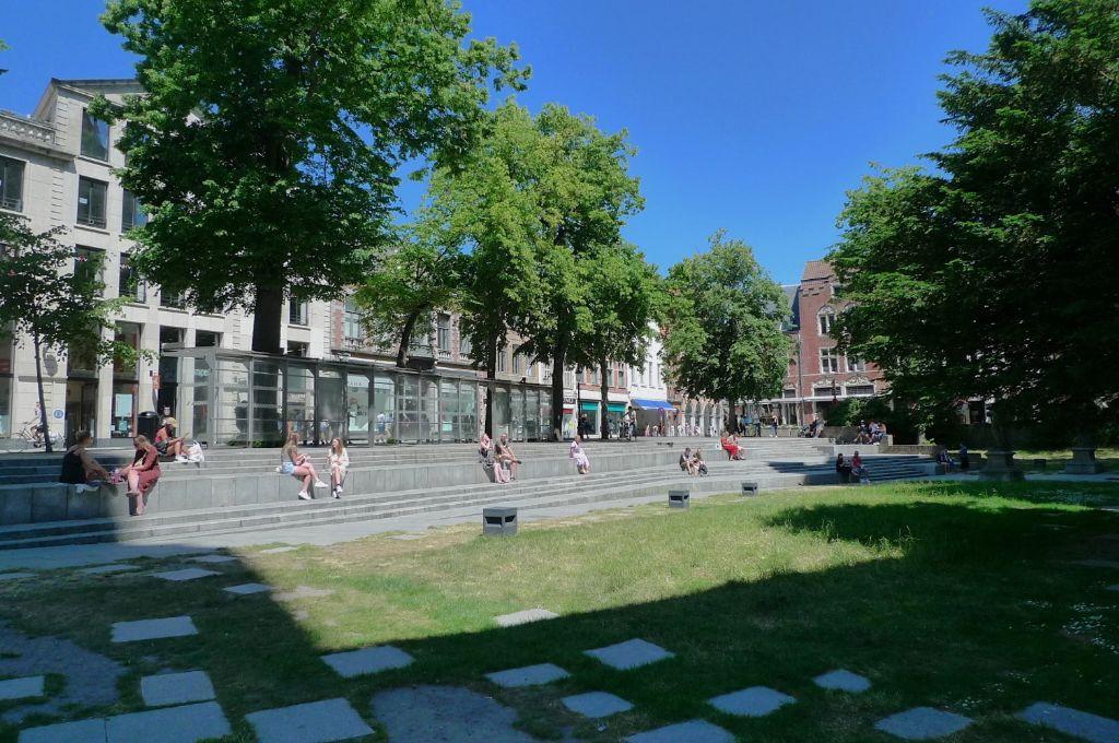 Centrum van Brugge: koele, groene publieke ruimte