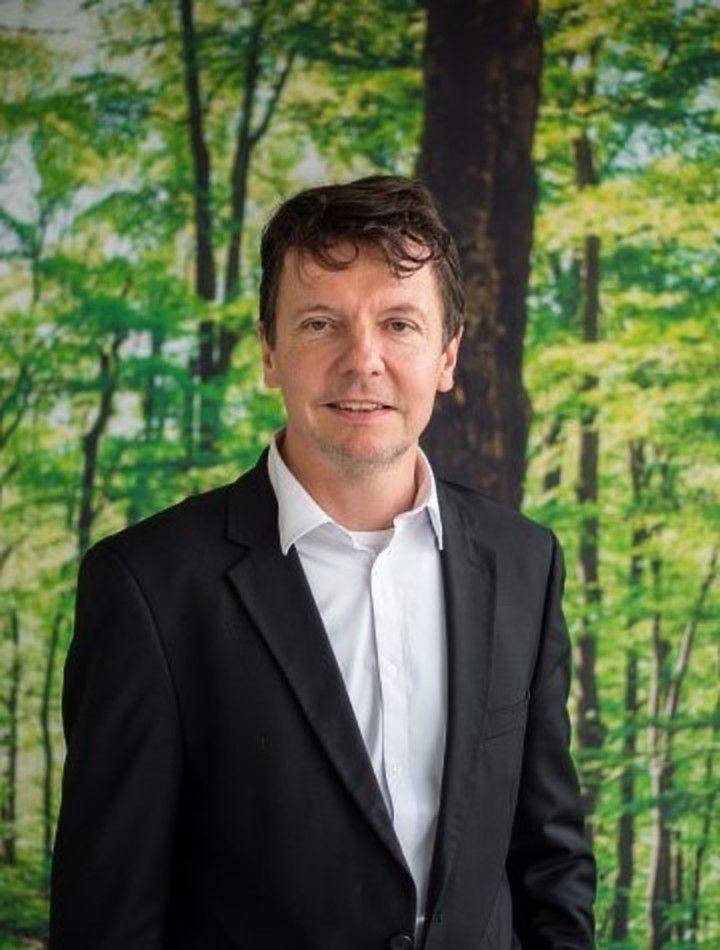 """Johan Coolen: """"Met CiRe willen we gebouwen zo renoveren dat ze energie besparen én dat er bij de renovatie circulaire materialen worden gebruikt."""""""