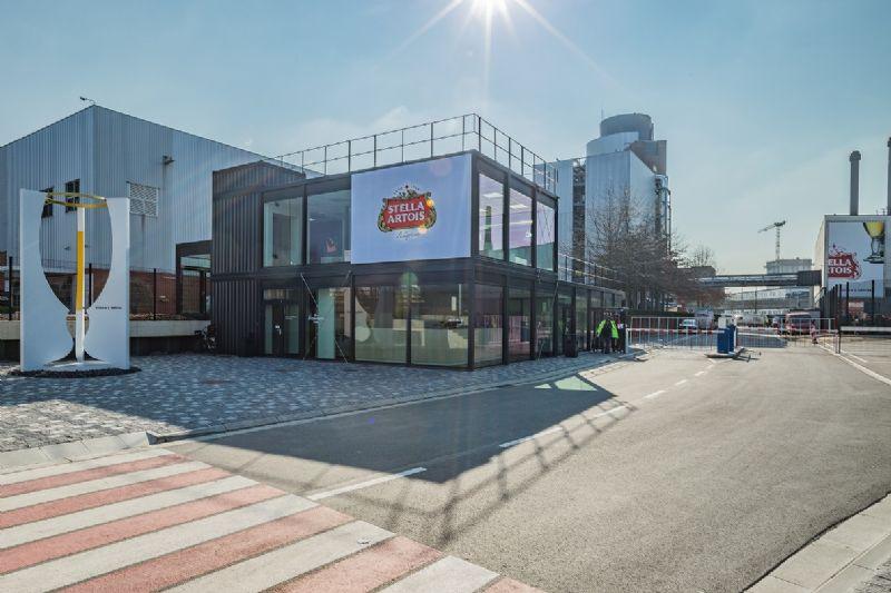 AB InBev bouwt nieuw receptiegebouw met innovatief containersysteem