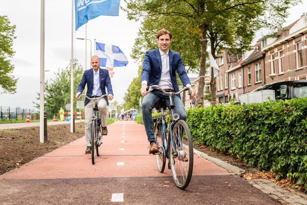 Incroyable mais vrai : une piste cyclable en plastique recyclé !