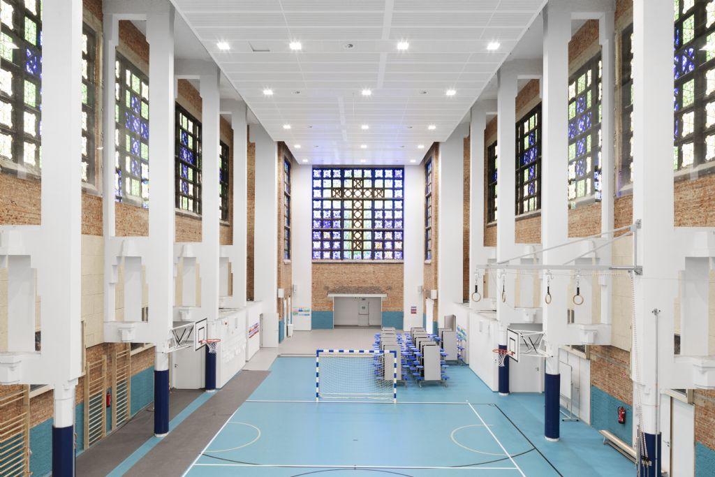 A Anderlecht, OSK-AR a conçu une école dans une église désacralisée