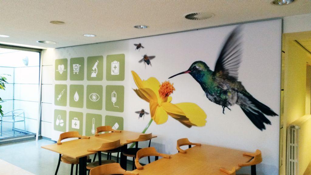 Artwall – akoestisch wandpaneel met opdruk: Cafetaria, Jessa ziekenhuis Hasselt.