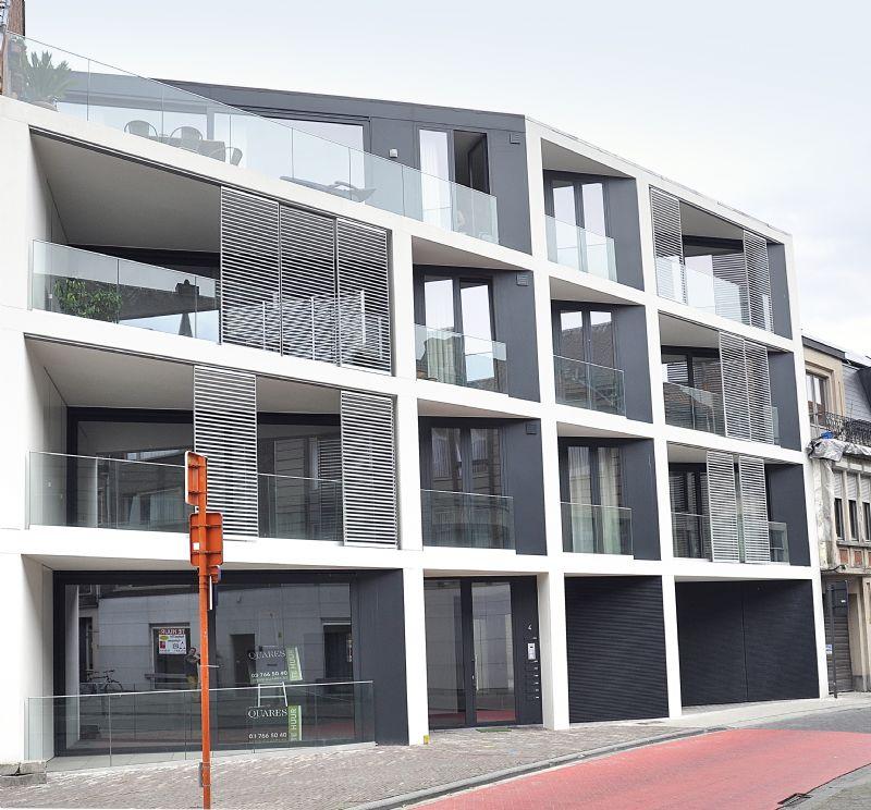 Duco integreert architecturale zonwering in meergezinswoning