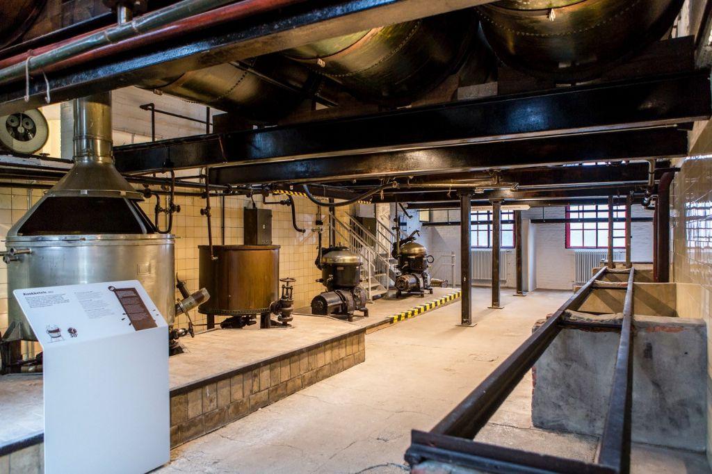 Zone van half afgewerkte producten en de centrifuges