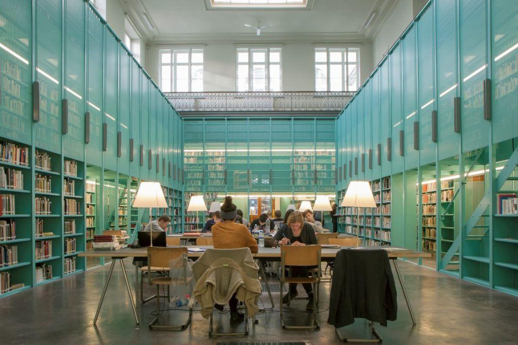 Specifieke elementen in staal: Faculteitsbibliotheek UGent.