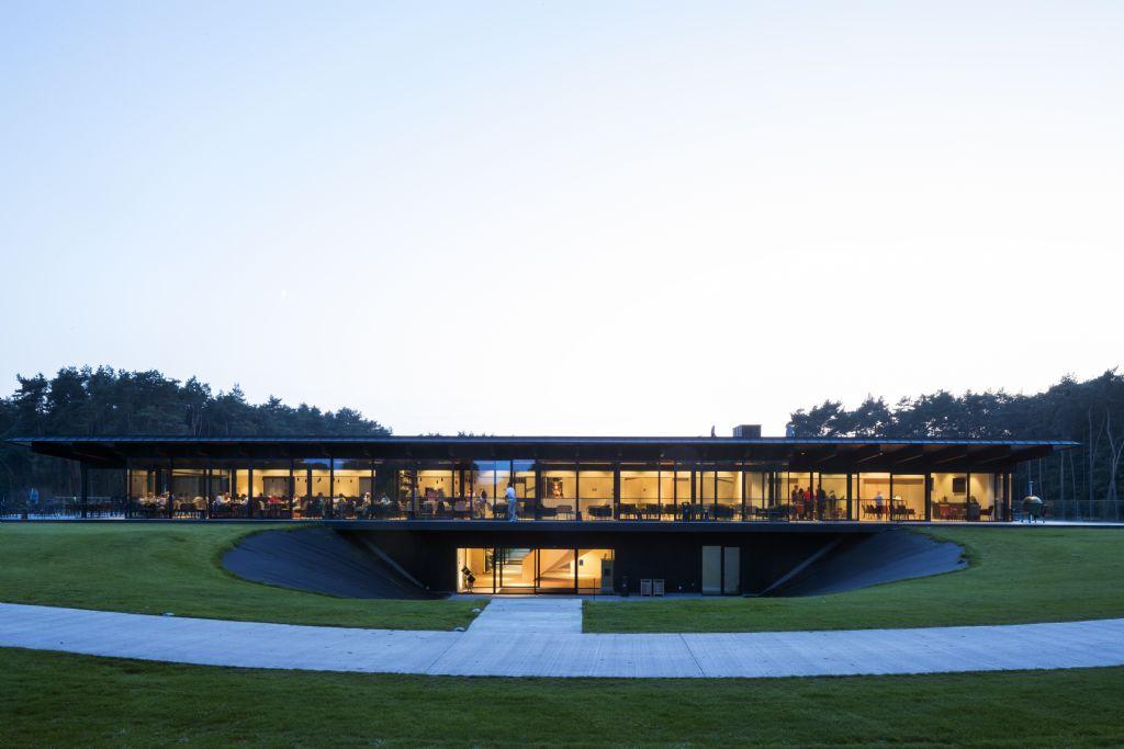 Nieuw club- en caddyhouse voor Golfclub Rinkven