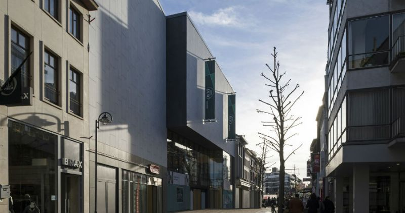 Bontinck Architecture renoveert handelsruimtes in Hasselt voor Kruidvat en Galeria Inno