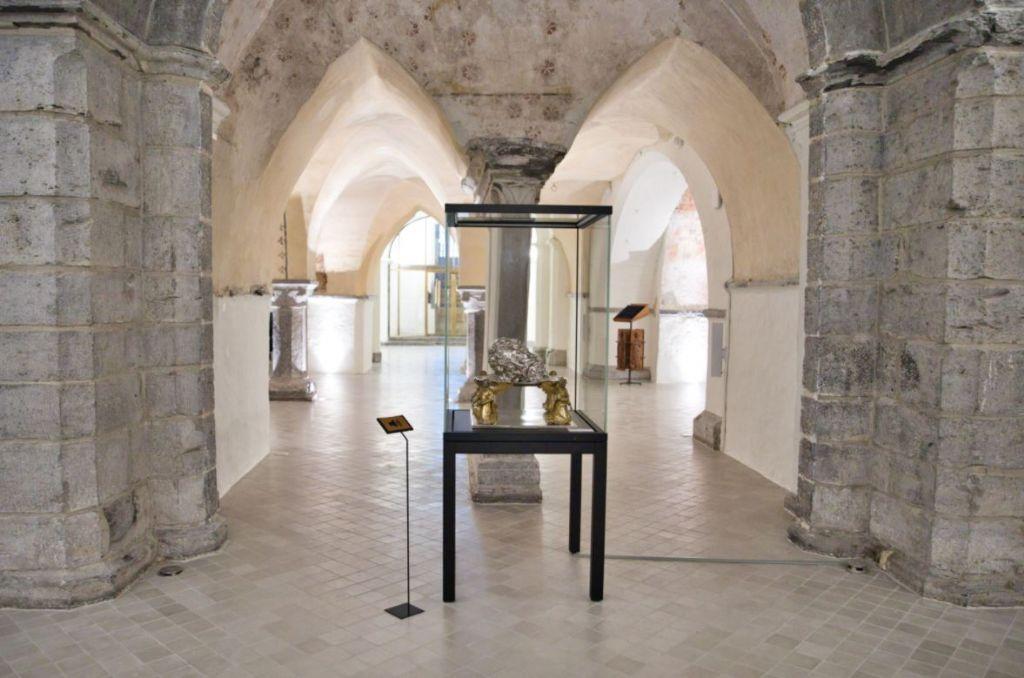 OBO fournit les boîtiers de sol pour la crypte rénovée de la cathédrale Saint-Bavon