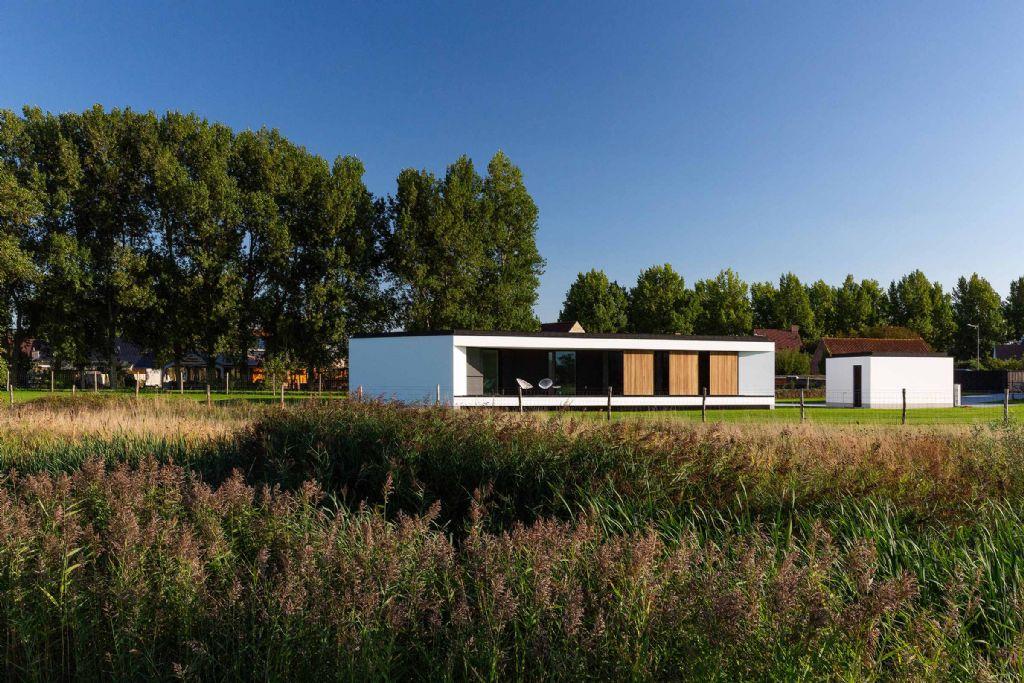 Villa Y: passief en compact in een groene omgeving