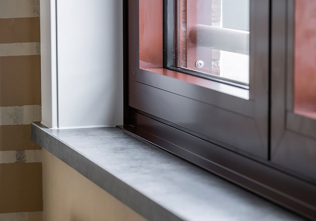 LoCra fournit des tablettes de fenêtres pour la rénovation de 103 habitations