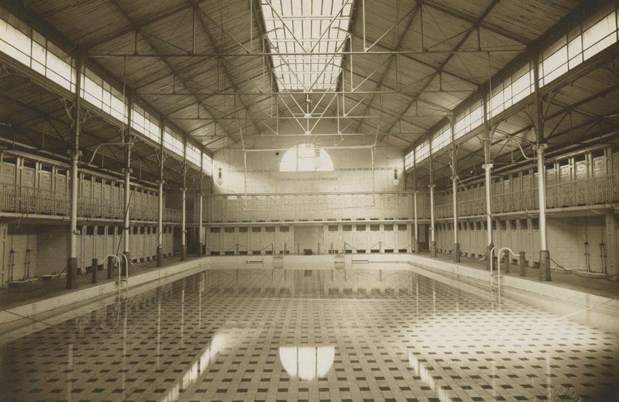 Het zwembad in 1906