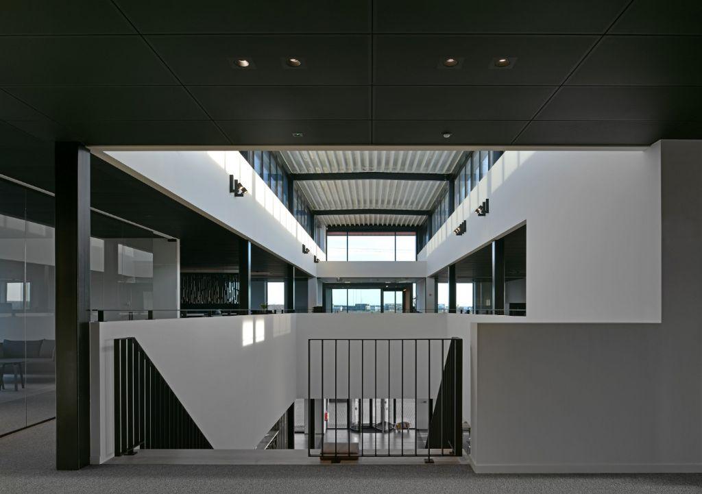 Nieuw hoofdkantoor Van Zon: indrukwekkend future-proof gebouw