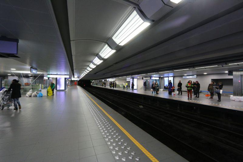 Renovatie Kunst-Wet: metrostation baadt in het licht en is toegankelijker