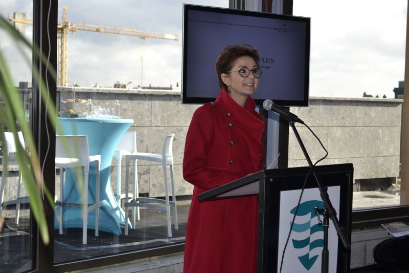 Burgemeester Hilde Claes tijdens de persvoorstelling