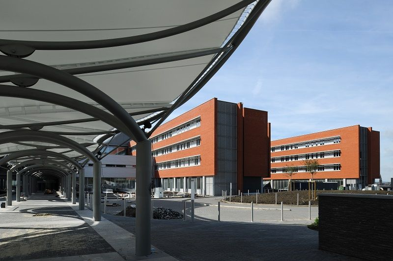 Charleroi a pris possession de son nouvel hôpital civil à Lodelinsart (Art & Build)