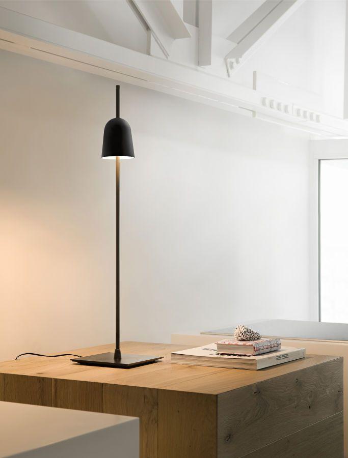 Hoe hoger de lamp, hoe sterker het licht.