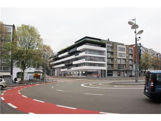 Residentie Rembrandt geeft de site op de hoek van de Bochtlaan en de Europalaan in het centrum van Genk eindelijk een nieuw elan.