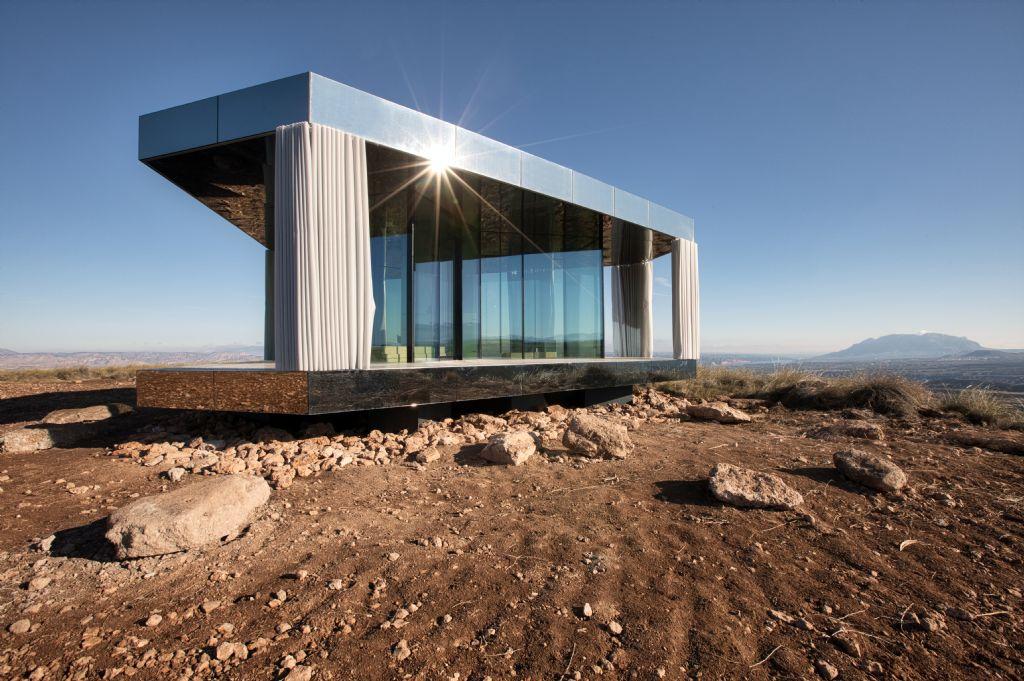 «La Casa del Desierto» par Guardian Glass, un intérieur cosy en plein désert