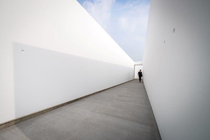 Muze'um L: hedendaagse belevingsarchitectuur op de lichtmeridiaan