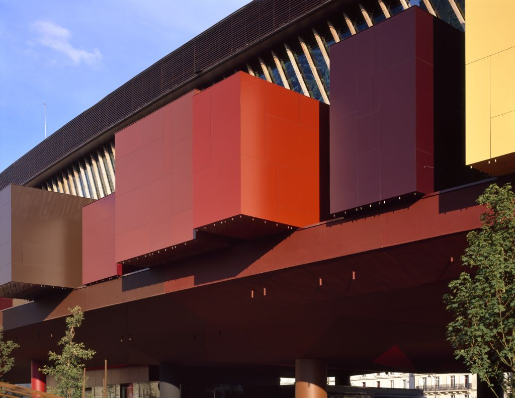 Un bâtiment d'une originalité aussi frappante que la collection qu'il abrite