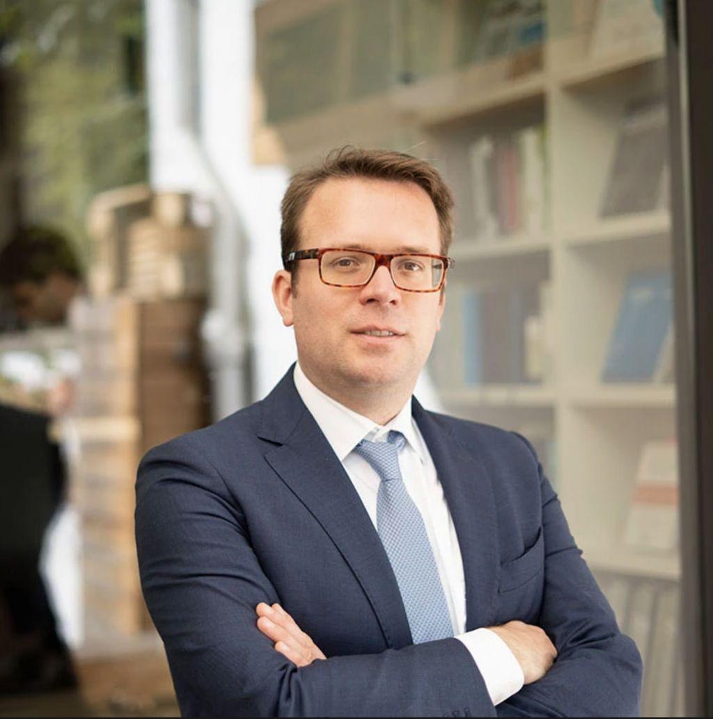 Jeroen De Coninck, advocaat publiek- en vastgoedrecht en vicepresident van de Commissie voor Energie en Milieu bij de advocatenvereniging AIJA.