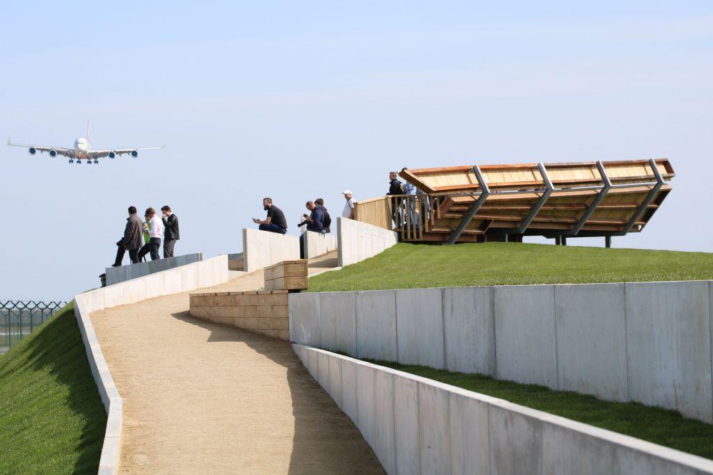 Architecten Delobelle ontwerpt spottersplatformen Brussels Airport