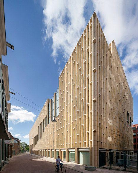 Het gebouw werd ontworpen door Neutelings Riedijk Architecten.