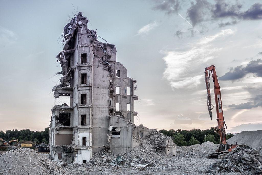 Wat staat er in het federale regeerakkoord met betrekking tot de bouwsector?