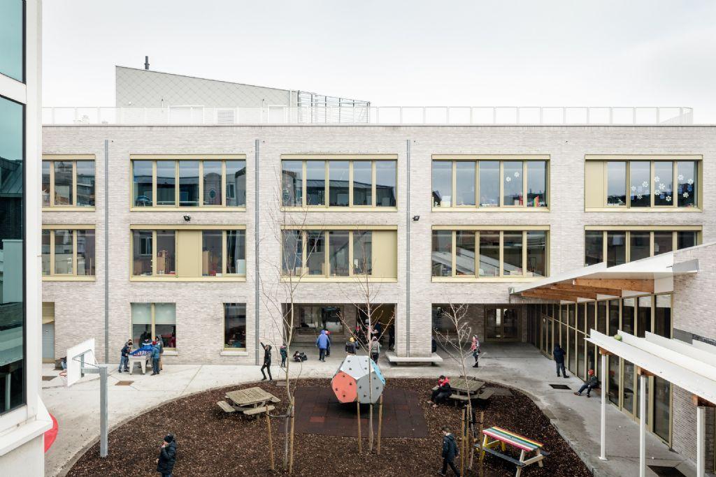 evr-architecten transformeert De Zonnepoort tot polyvalente passiefschool