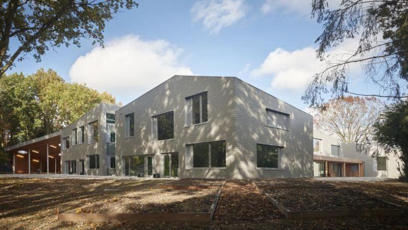 Passiefschool 't Zandhofje van a33 architecten opgeleverd