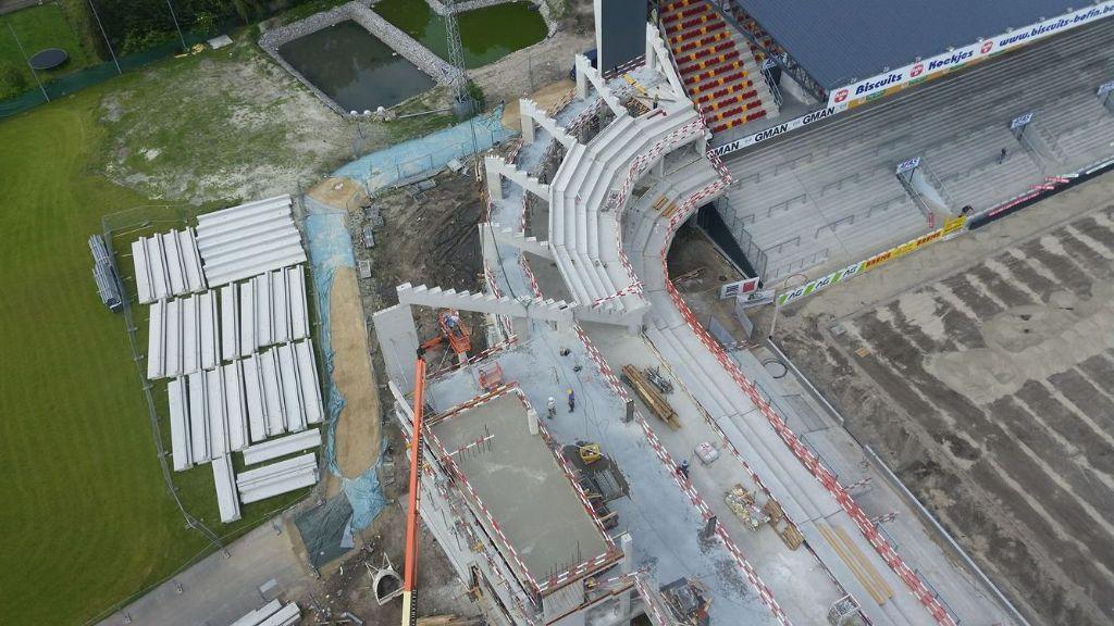 Het vernieuwde stadion van  KV Mechelen: lang gewacht, supersnelle uitvoering