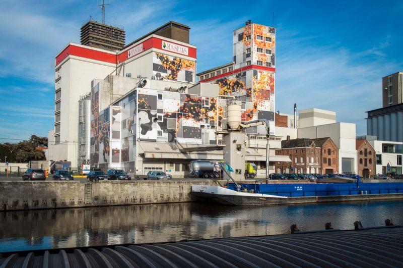 NIARGTZAG, 2012 wallprint 2000 m² 787.4 inches²   Collectie/locatie: Maselis - Roeselare, B