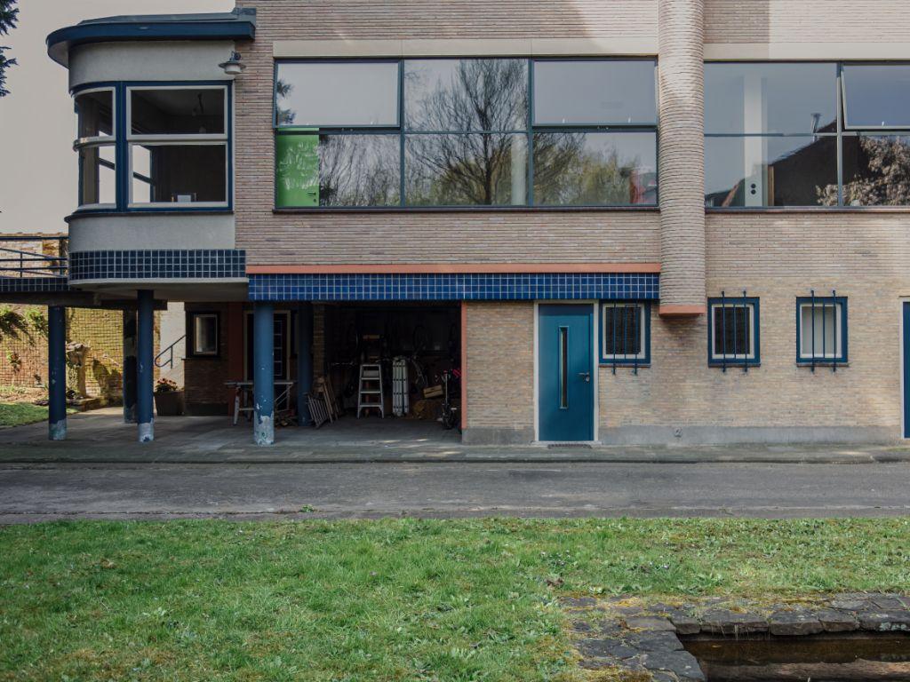 Modernistische burgerhuis door Joseph De Bruycker in Roeselare