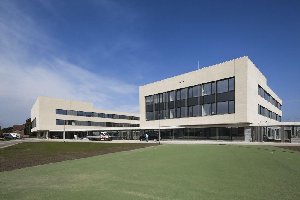 Scholencampus Panhoven in Peer: samenhang rond groen middengebied