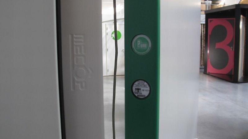 De Coene Products maakte indruk met de kantafwerking in kunststof voor deuren.