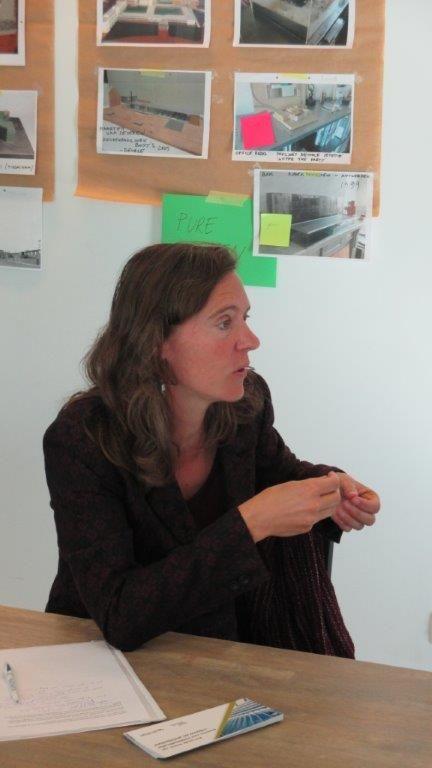"""Kristine Verachtert (Ruimtelijk Beleid stad Leuven): """"Waar ik vragen bij heb, is dat er soms nogal gemakkelijk van wordt uitgegaan dat cohousing het betaalbaarheidsprobleem kan oplossen."""""""