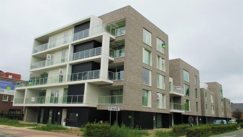 Residentie Silverzand fungeert als een nieuwe 'stadspoort' op de hoek van de Koning Leopoldlaan en Koningin Astridlaan.