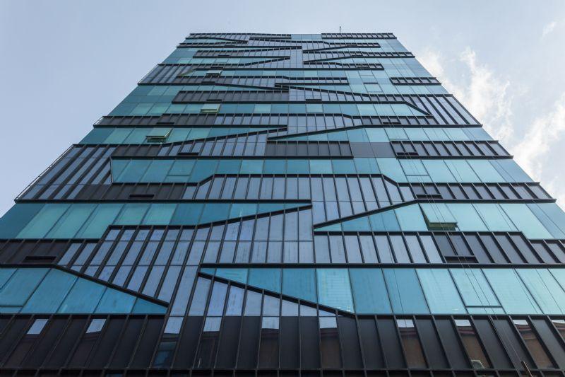 Système de façade en aluminium à consommation minimale d'énergie
