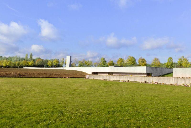 Hte crematorium van Kortrijk van Souta de Moura zorgde voor enige rivaliteit tussen Souta de Moura en Bernardo Secchi.