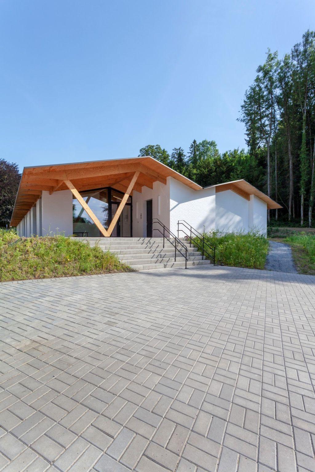 Crèche les Écureuils à Loverval (Goffart Polomé Architecte), Prix du Jeune architecte