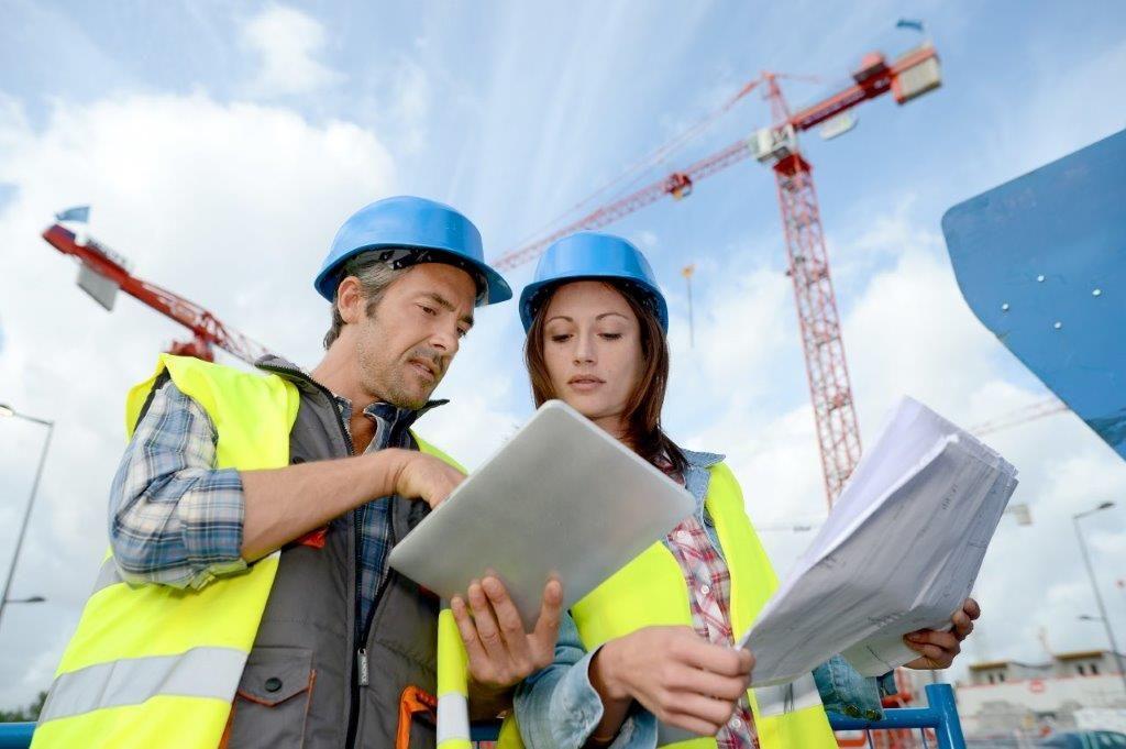 De verantwoordelijkheid voor de controle op de uitvoering van bitumen daksystemen ligt niet alleen bij de dakdekker. Ook architecten hebben de taak om na te gaan of de kwaliteit van de dakbedekking volstaat. (Foto: Soprema)