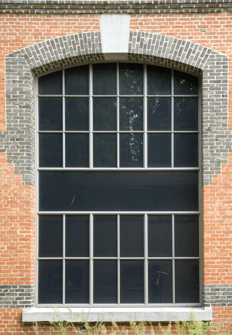 Tevens is het systeem geschikt voor de vervanging van stalen ramen waarbij het originele design behouden moet blijven.