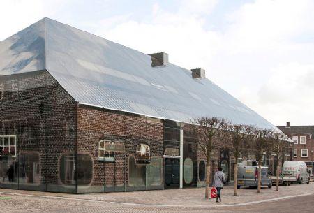 Glazen Boerderij in Schijndel: gevels en dak geprint op glas