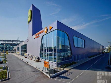 Retailgebouw Brico Plan-it gekenmerkt door gevarieerde vormgeving