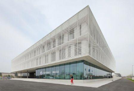 Beel & Achtergael Architecten ontwerpt Brugs politiecommissariaat met E-peil 30