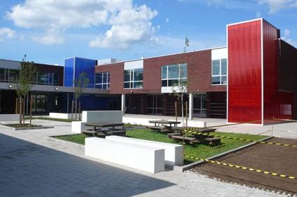 Basisschool in Lokeren met nieuw jasje het schooljaar in
