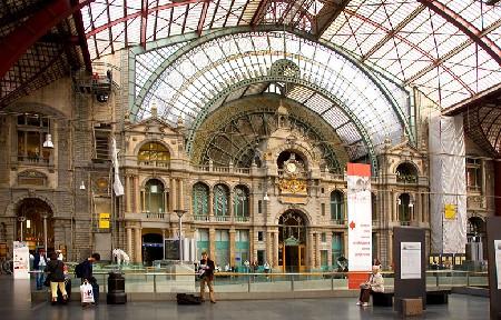 Antwerpen-Centraal, klaar voor een nieuwe eeuw